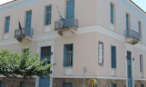"""Εικαστικό Εργαστήρι Καλαμάτας: Εγκαίνια της έκθεσης σπουδαστών """"Μπλε-Κίτρινο-Κόκκινο"""""""