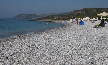 Διαφήμιση στις ελληνικές παραλίες από την Κομισιόν στο Instagram