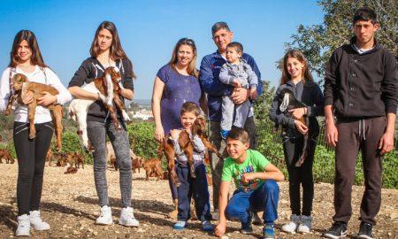 Οι δήμοι θα χορηγούν επίδομα σε πολύτεκνες μητέρες