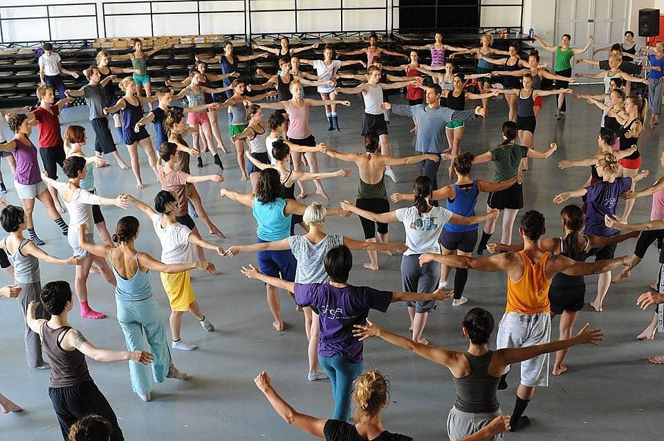Μετράμε αντίστροφα για το 23ο Διεθνές Φεστιβάλ Χορού Καλαμάτας