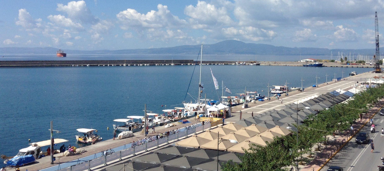 32χρονος έπεσε τα ξημερώματα στο Λιμάνι – Ανασύρθηκε σώος