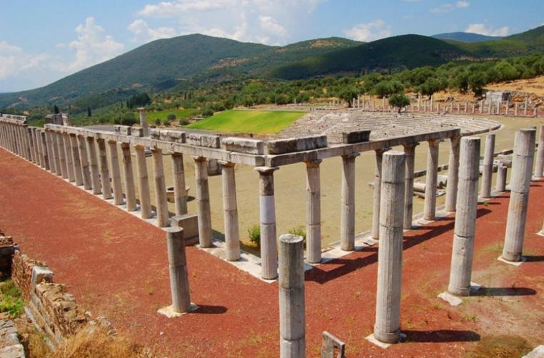 Νέο Μουσείο στην Αρχαία Μεσσήνη ζήτησε από τη Μενδώνη ο Λαμπρόπουλος