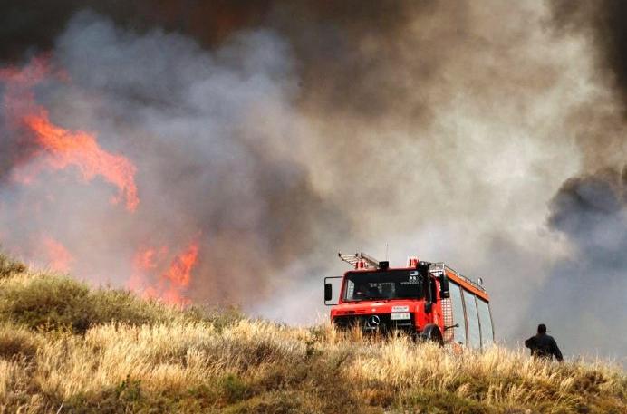 91 δασικές πυρκαγιές σε 24 ώρες: Σχέδιο εμπρησμών σε όλη τη χώρα βλέπει το Υπουργείο
