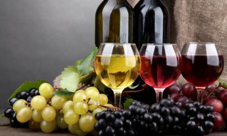 Αποστόλου από Νεμέα: «Καταργείται έως το τέλος του έτους ο ειδικός φόρος στο κρασί»