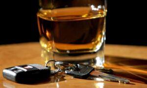 Δια βίου αφαίρεση διπλώματος για όσους συλληφθούν δεύτερη φορά να οδηγούν υπό την επήρεια αλκοόλ