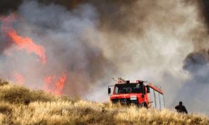 Κατασβέστηκε η φωτιά στη χωματερή στη Δυτική Παραλία