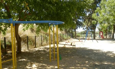 Αναβάθμιση δημοτικών χώρων σε Αβραμόγιαννη και Πέταλο