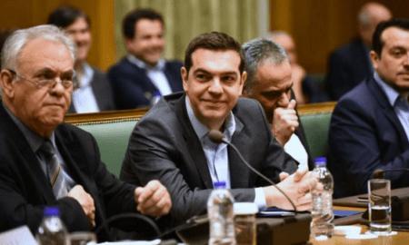 "Tσίπρας στο Υπουργικό: ""Δεν αφήσαμε τη χώρα επί ξύλου κρεμάμενη"""