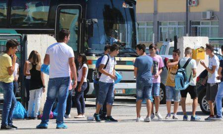 """Νικολάκου: """"Μέσα στον επόμενο μήνα έτοιμοι οι διαγωνισμοί μεταφοράς μαθητών"""""""