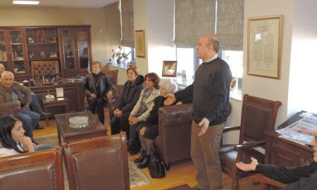 Κάτοικοι της Ράχης στον Νίκα για τα προβλήματα της περιοχής