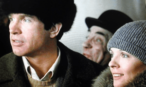 """Πολυχώρος Μικρόβιο: Προβολή της ταινίας """"Οι Κόκκινοι"""" του Γουόρεν Μπίτι"""