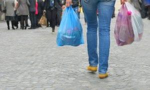 Πλαστική σακούλα: Άλλο χρήση και άλλο κατάργηση