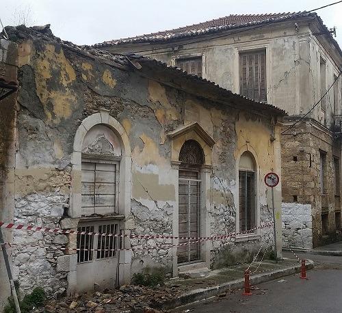 Μάκαρης: Άμεσα έλεγχος στα εγκαταλελειμμένα και ετοιμόρροπα κτήρια της Καλαμάτας!