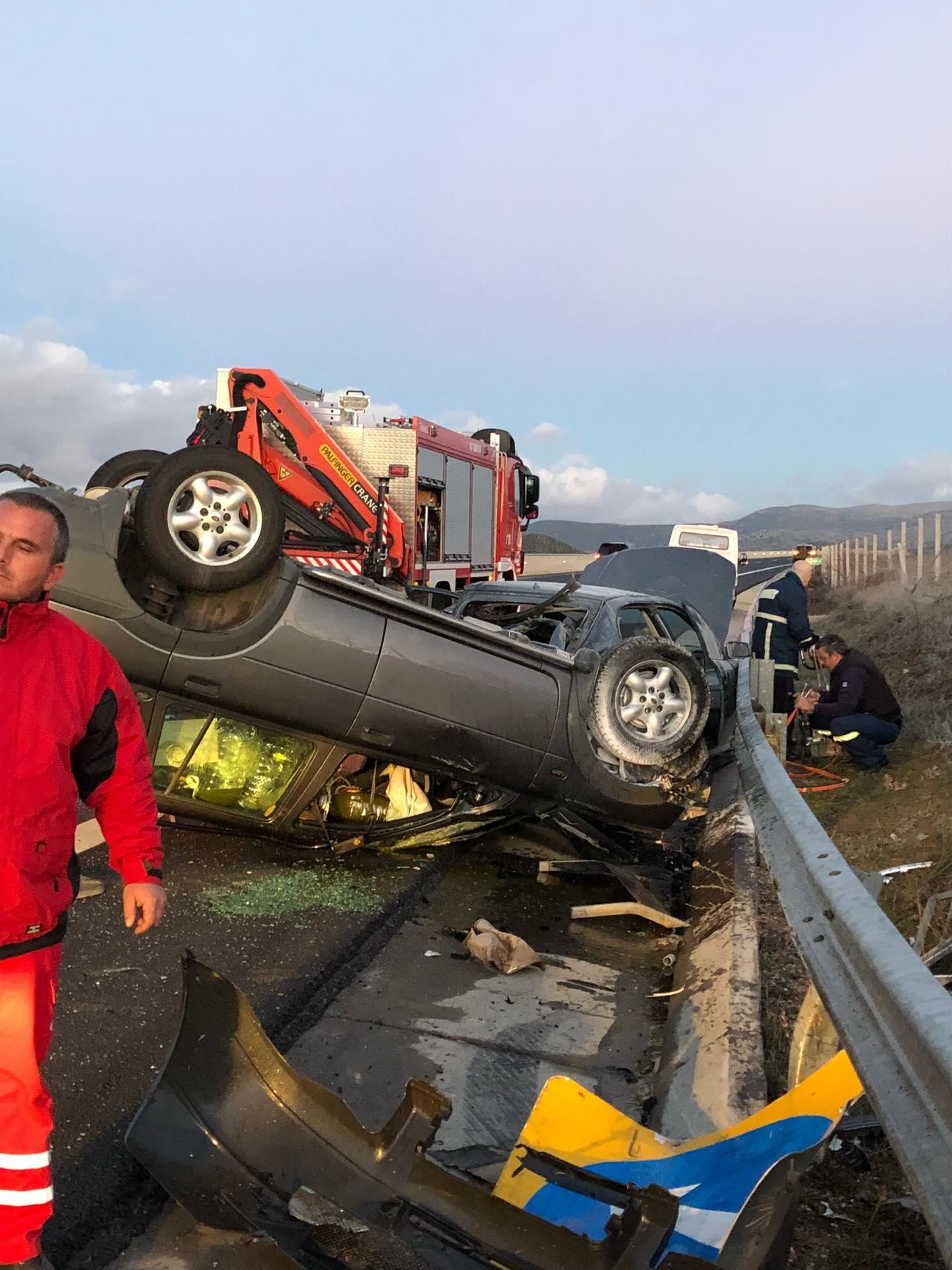Σοβαρό τροχαίο ατύχημα στην εθνική οδό Καλαμάτας – Τρίπολης – 2 τραυματίες