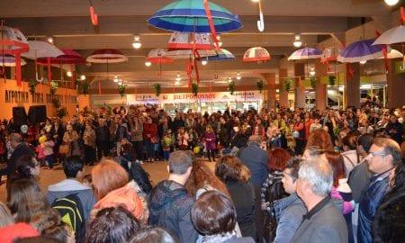 Η Κεντρική Αγορά Καλαμάτας έφερε στην πόλη τα Χριστούγεννα!
