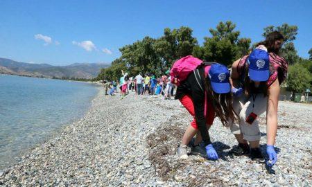 """""""Ευκλής"""" και Τρίτεκνοι καθαρίζουν την παραλία Καλαμάτας στις 28/1"""