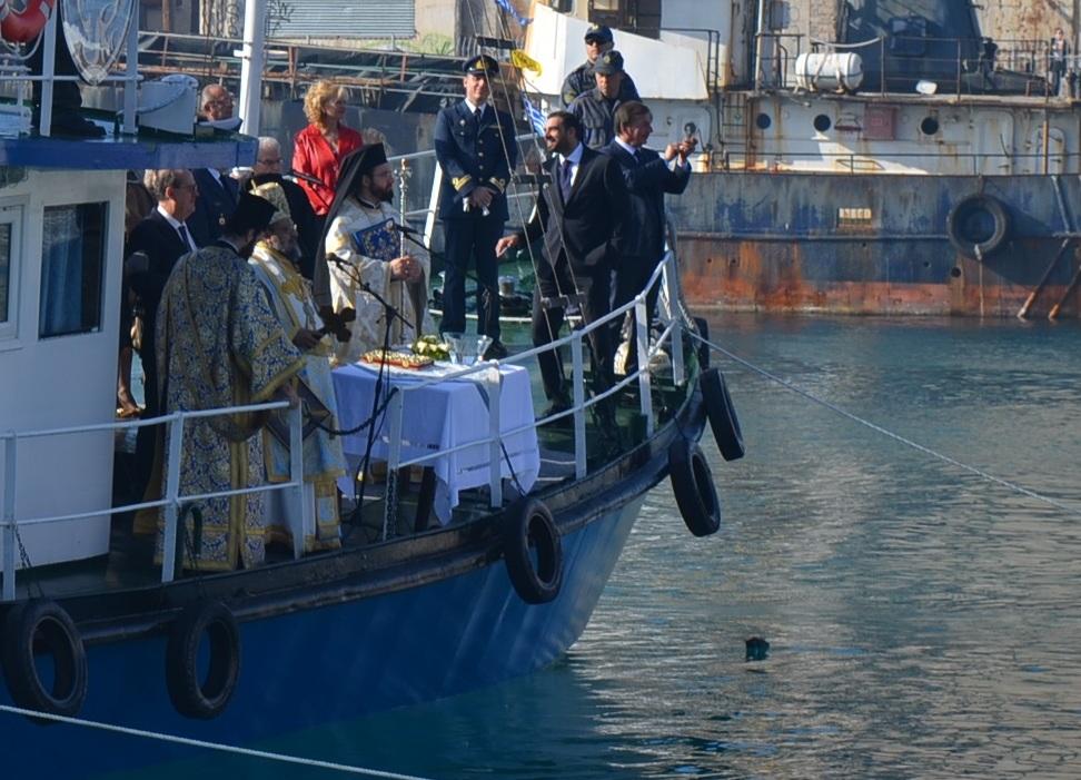 Νεκρό έπεσε στη θάλασσα το περιστέρι του Δημάρχου Καλαμάτας!