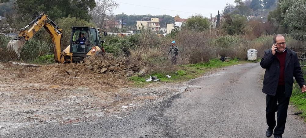 Νέο πάρκινγκ για επαγγελματικά οχήματα της Αγοράς φτιάχνει ο δήμος Καλαμάτας