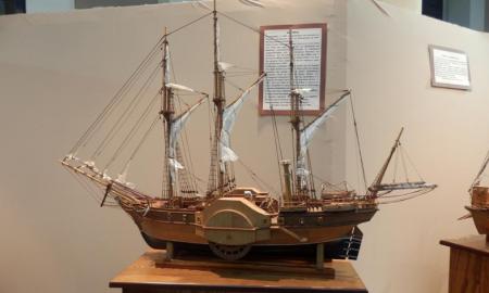 Έκθεση με ομοιώματα πλοίων του 1821 στο Μέγαρο Χορού Καλαμάτας