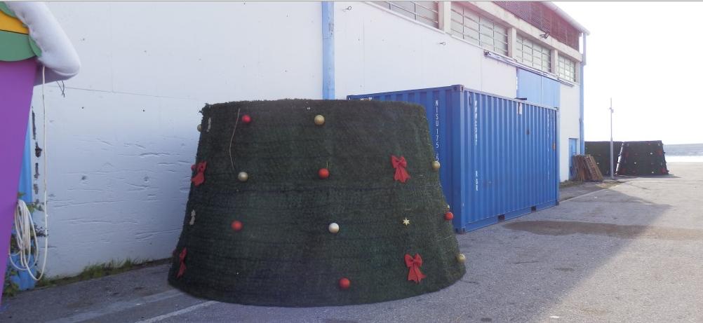 Αφαιρέθηκε ο χριστουγεννιάτικος στολισμός της πόλης-Έρχεται ο Αποκριάτικος!