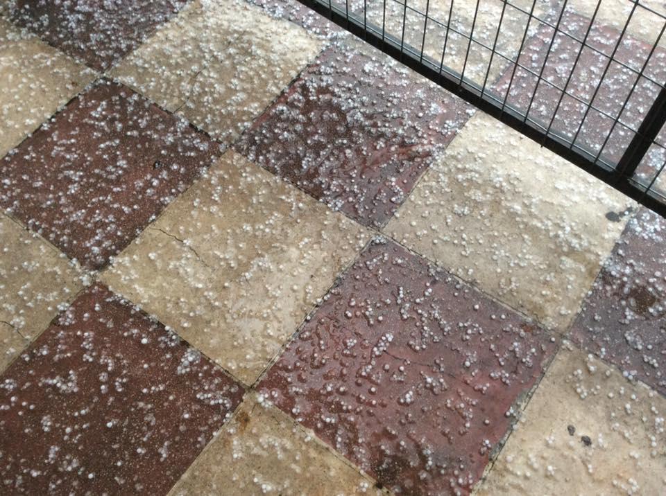 Λασποβροχή και καταιγίδα από το μεσημέρι με αφρικανική σκόνη
