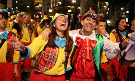 Απόψε στις 19.00 η Νυχτερινή Παρέλαση και το DJ Party!