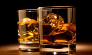 Αλκοολικοί το 10% των Ελλήνων