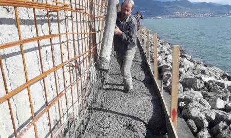 Λιμάνι Καλαμάτας: Σε εξέλιξη η επισκευή του κυματοθραύστη