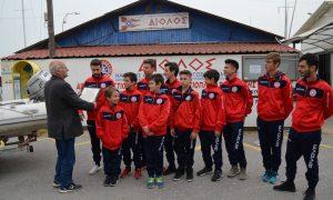 ΝΑΣΚ Αίολος: παρέλαβαν το βραβείο του πρωταθλητή κι αναχώρησαν για το Αίγιο