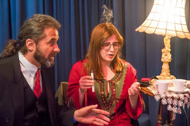 """""""Το μαγκάλι"""": Για δύο μόνο παραστάσεις από την Πειραματική Σκηνή Καλαμάτας"""