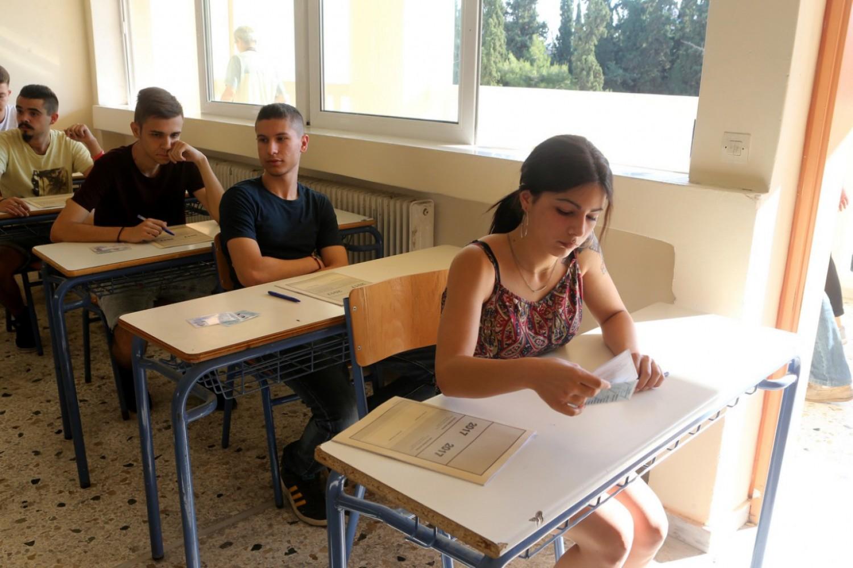 Πανελλαδικές: Κατανοητά κι αναμενόμενα τα θέματα στα Αρχαία Ελληνικά