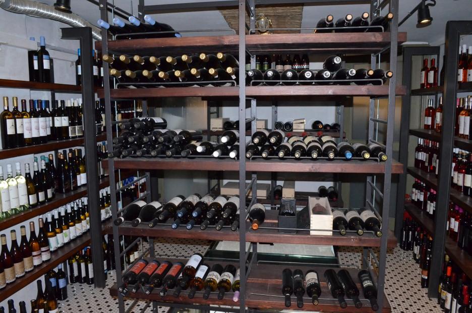 WINE KIOSK: Πρωτότυπο party δοκιμής 47 κρασιών!