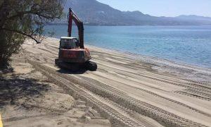 Όργωμα και αλλοίωση της παραλίας Καλαμάτας καταγγέλλουν πολίτες