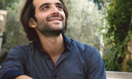 """Mάνος Κιτσικόπουλος: """"Πιανιστικές Ιστορίες και Μύθοι"""""""