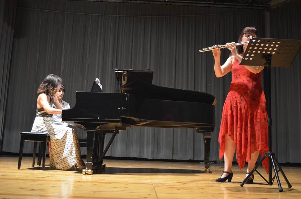 """Νέλλη Σεμιτέκολο: """"Δεν θα μπορούσα να ζήσω χωρίς τη μουσική"""""""