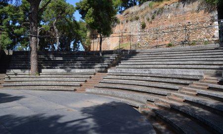 Δικαίωμα πρόσβασης για όλους στο Αμφιθέατρο του Κάστρου της Καλαμάτας
