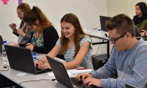Πανεπιστήμιο Πελοποννήσου: Συμβουλευτική και ψυχολογική υποστήριξη των φοιτητών με τη συνδρομή της Περιφέρειας