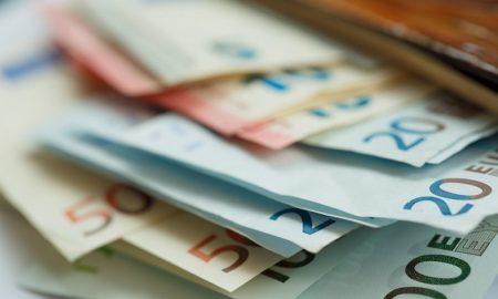 Πληρώνονται 279.889 δικαιούχοι του ΚΕΑ για τον Ιούνιο