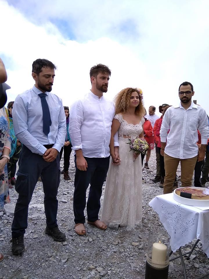 Γάμος στην κορυφή του Ταϋγέτου, στα 2.407 μέτρα!