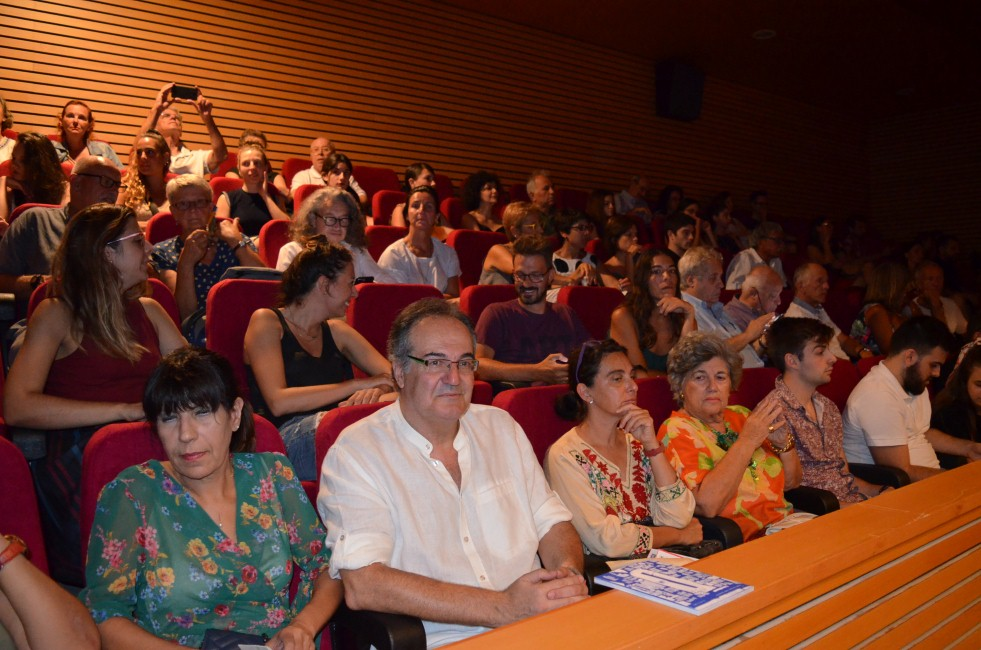 Εντυπωσιακή πρεμιέρα για το 24ο Φεστιβάλ Χορού Καλαμάτας