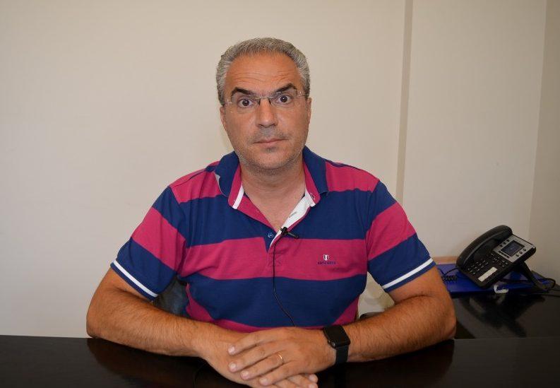 """Αδαμόπουλος: """"Καθαρίζουμε όσα οικόπεδα μπορούμε, ας βοηθήσουν και οι δημότες"""""""