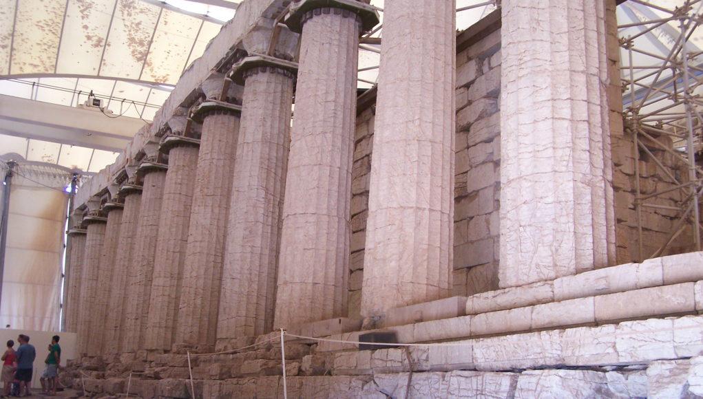 """""""Αλφάβητος"""": Μια αφήγηση της ελληνικής μουσικής από την αρχαιότητα μέχρι σήμερα"""