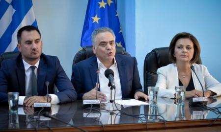 Σκουρλέτης- Χαρίτσης-Κατρούγκαλος στην Καλαμάτα για τον Κωνσταντινέα