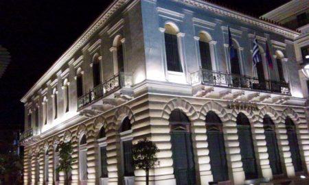 Νίκας: Συνεχίζει τα νυχτερινά τετ α τετ με τους συνεργάτες του