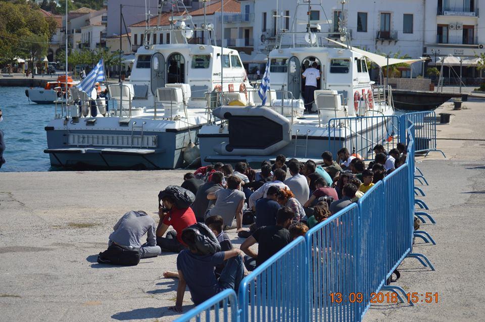 """Πύλος: 65 παράτυποι μετανάστες εντοπίστηκαν κοντά στην """"Πρώτη"""""""