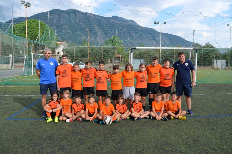 Aκαδημία Πατίστα: Μαθαίνει ποδόσφαιρο και διαπαιδαγωγεί