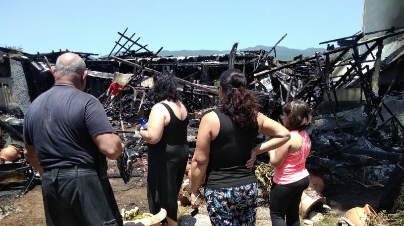 """Συγκλονίζει το ζευγάρι που κάηκε το σπίτι του: """"Βοηθήσαμε και εμείς τους πυρόπληκτους στο Μάτι"""""""