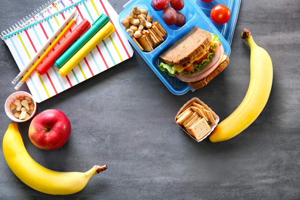 Βack to school: Τι πρέπει να τρώνε καθημερινά τα παιδιά;