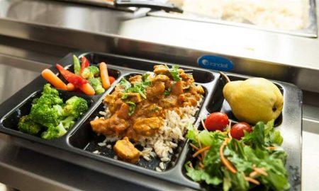 Σε ποια Δημοτικά της Καλαμάτας επεκτείνονται τα σχολικά γεύματα