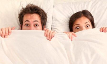 Μόνο δύο στα 100 ζευγάρια χωρίζουν λόγω απιστίας